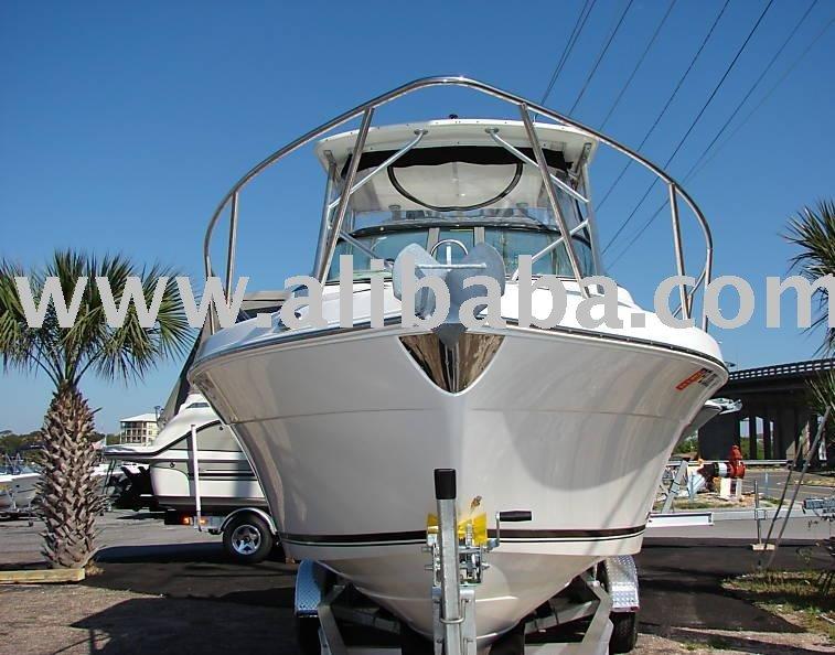 2004 Robalo R265 Walkaround Boat