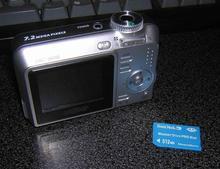 Cyber-Shot DSC-S650 Camera