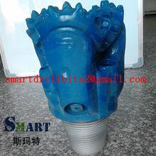 Oil well equipment roller bit