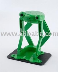 Frog can crusher