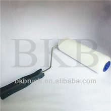 9 inch white high density polyester solvent resistant seamless paint roller with plastic handle