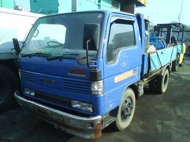 USED Mazda TITAN DUMP TRUCK