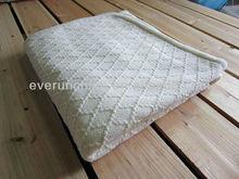 50CZ71 100%Acrylic diamond knit blanket throw rib edge with faux fur back