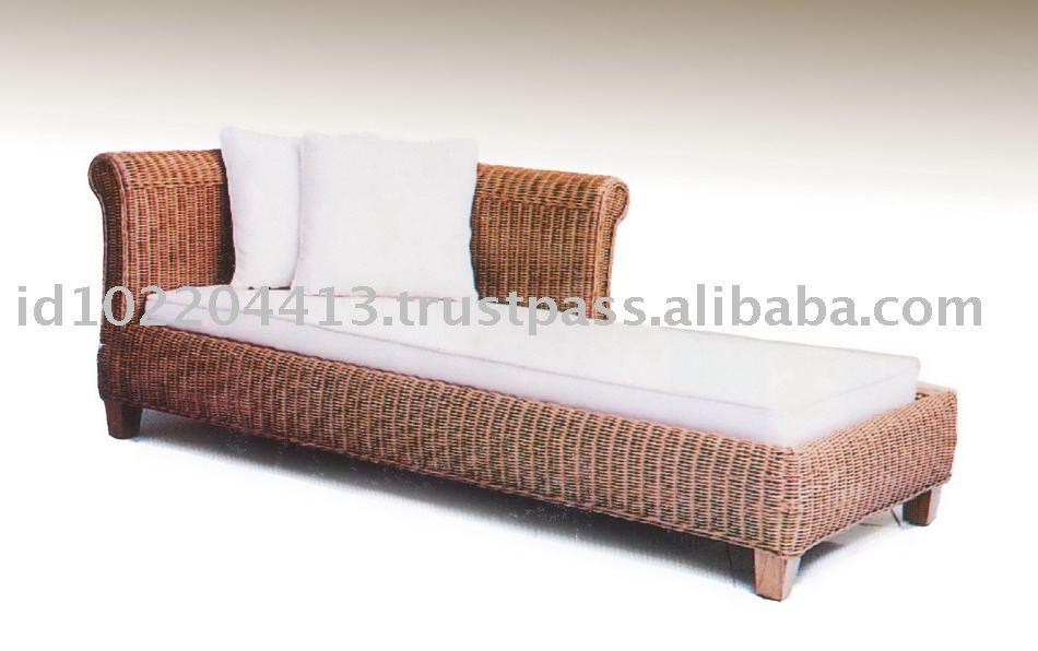 Buana wicker divan classic sofa buy sofa living room for Vintage divan sofa