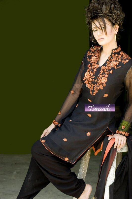 Pakistani Designer Clothes Supplier and Pakistani designer
