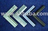 Manufacturer of wood moulds for picture frame