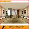 famosa marca de jóias e showroom de móveis e vitrines