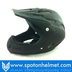 kids dirt bike helmet