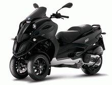 Piaggio MP3 500 motorcycle