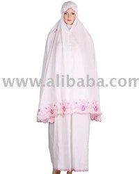Mukenah, Jilbab