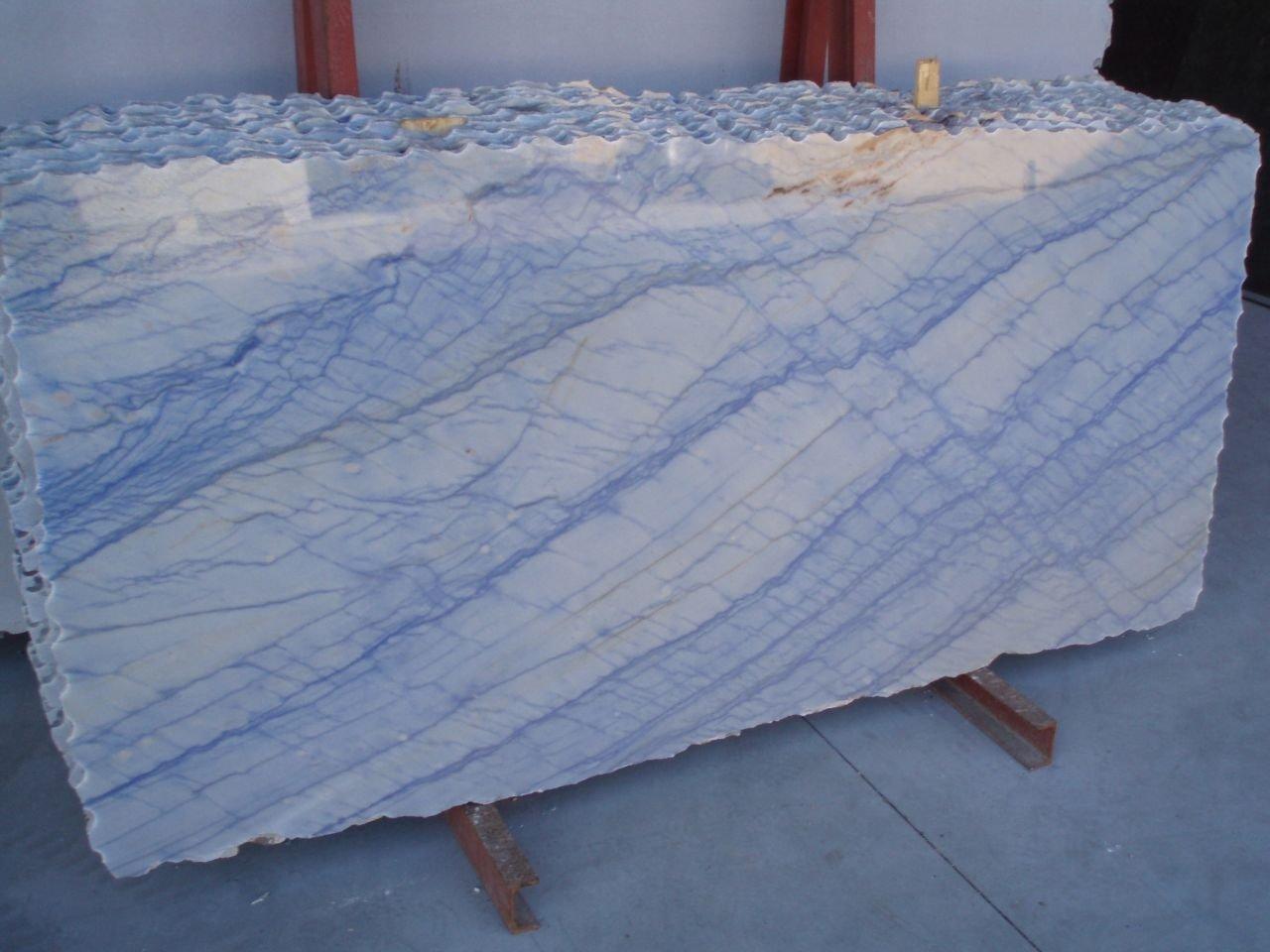 Azul macauba cl sico brasile o granito bloques granito for Granito brasileno