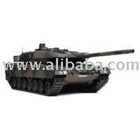 Tamiya 1/16 Leopard 2A6 RC Battle Tank Full-Option Kit - 56020 toy