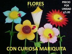 flores de ceramica vases