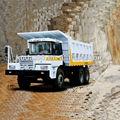 광산 덤프 트럭