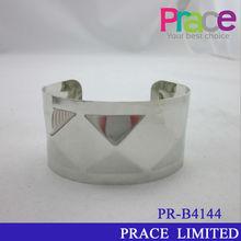 cheap fashion new design friendship men's bracelet
