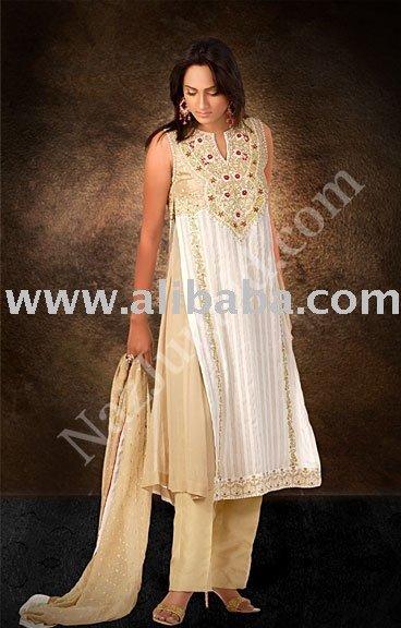 white gold pakistani dress Gold And White Indian Dress