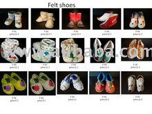 Felt shoes for children