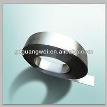 AUS8 blade material pocket knife