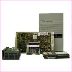 Pezzi di ricambio per automazione industriale tipo CNC e PLC