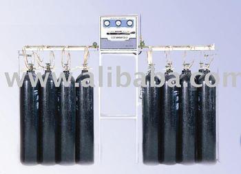 Oxygen and nitrous oxide manifold