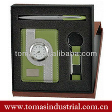 Business clock and keychain gift set