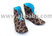 Cosy plaid slipper boots with sky blue lining