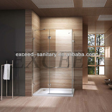 Deluxe toilet room design with tray