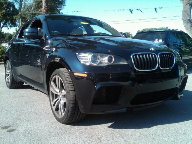 Bmw X6m Black. 2011 BMW X6 M