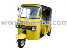Petrol and CNG run three wheelers tuktuks tricycles
