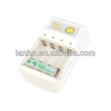 2013 New Solar Battery Charger for 4 pc AA/AAA
