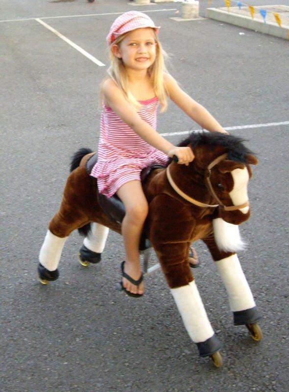 Pferd Reiten Spielzeug Fahrt Auf Spielzeug-pony/pferd