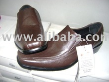 they are made of 100% leather and lost lasting. Suitable for work and leisure