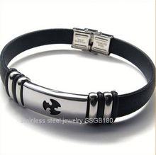 2014 China high quality fashion stainless steel silicone bracelet pink crystal ball woven shamballa bracelet OEM