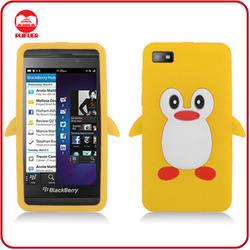 Hot Sale Protective Cartoon Penguin Designed Custom Mobile Phone Cases for Blackberry Z10
