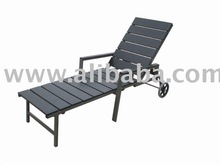 Garden Furniture WPC Slat Chaise Lounge with Wheels