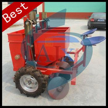 Adjustable tractor drive single row small potato planter