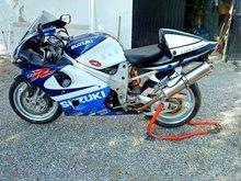Suzuki TL1000r