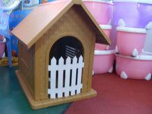 Luxury plastic dog house with door