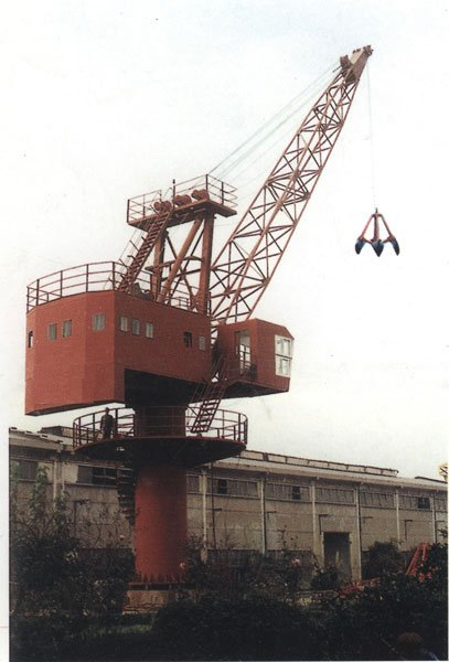 Stationary Fixed Revolving Hoists Cranes