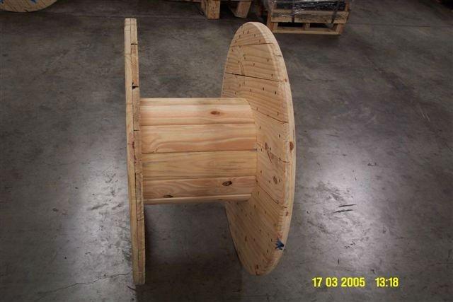En bois enrouleur de câbleCaisses demballageId du  ~ Enrouleur Cable Bois