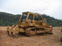 Sell used CAT D7 Bulldozer 2000