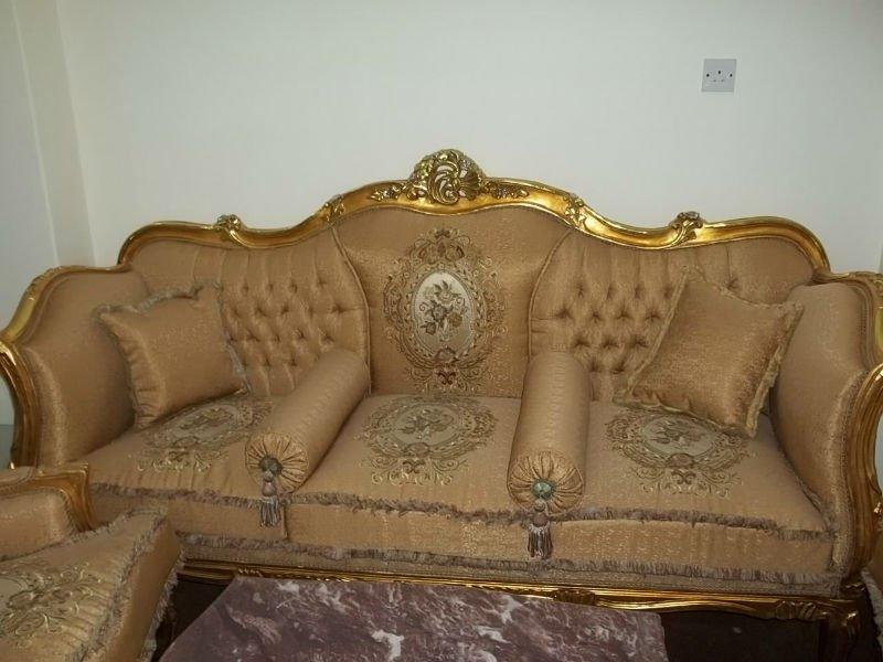 Stilvolle gyptische m bel wohnzimmer sofa produkt id for Salon egyptien