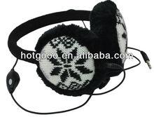 Folding earmuff headphone with bright color