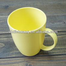ถ้วยกาแฟเมลามีนที่มีการจัดการ