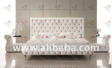 LUXURY DESIGN LEATHER SOFT BED WITH CRYSTALS (PC31W#)