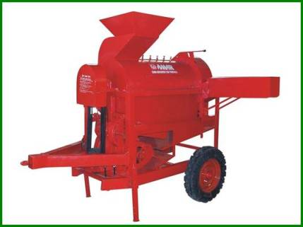 Amar Corn Dehusker Cum Thresher Tractor Model