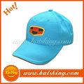 gorra de béisbol flexfit y bate de béisbol tapa de extremo