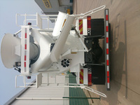 SINOTRUK Howo Truck 6x4 290hp 8m3 Mobile Concrete Mixer