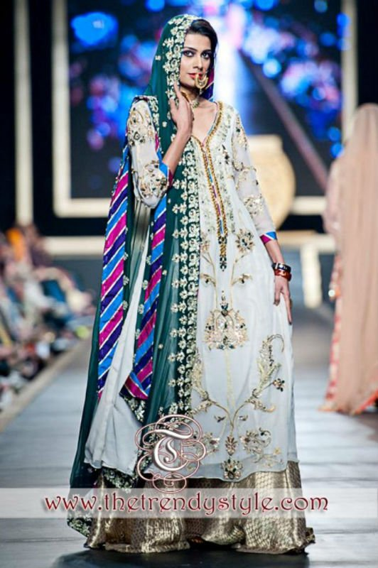 Pakistani Traditional Punjabi Look Bridal Dress