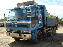 Isuzu camión volquete 10